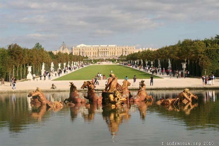 Versailles in francia for Piscine de versailles