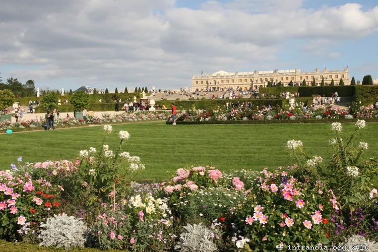 Andr le n tre les forums histoire l 39 or e des r ves for Architecte jardin versailles