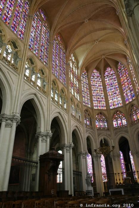 Cath 233 Drale Saint Gatien De Tours